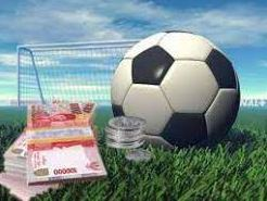 Alasan Lebih Menguntungkan Judi Bola Online Dari Yang Lain